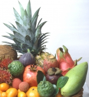 När du äter en exotisk frukt  - spar fröetkärnan och så.